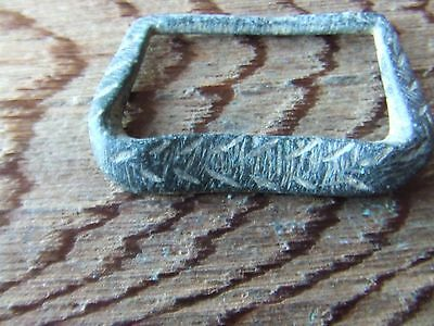 MEDIEVAL BRITAIN. A 13th/14th CENTURY LARGE BRONZE BELT BUCKLE.  NICE CONDITION.