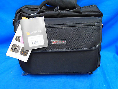 NWT Protec LUX Clarinet Case with Sheet Music Messenger Bag Black