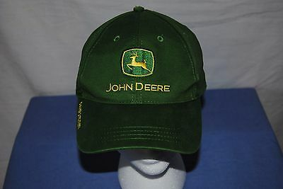 John Deere Ball Cap Owner`s Edition. Nothing Runs Like A Deere. One Size Fits Al