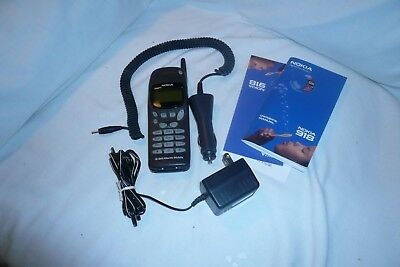Nokia 918 Tracfone Black Brick w/ auto and wall chargers