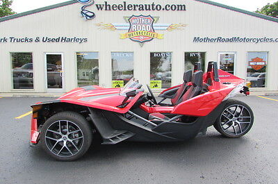 2016 Other Makes Polaris Slingshot SL  2016 Polaris Slingshot SL 3k miles
