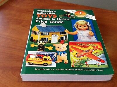 Schroeder's Collectible TOYS Antique to Modern Price Guide 2002 softcover 8th