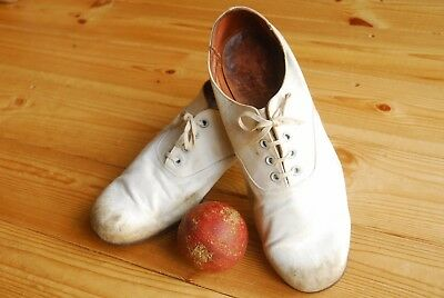 Rare Vintage Antique Dated 1940's Cricket Shoes by Loake & Cricket Ball UK 9