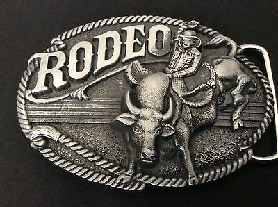 New Western Rodeo Bull Riding Belt Buckle