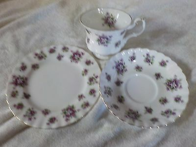 Royal Albert Sweet violet set