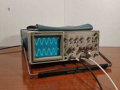 TEKTRONIX 2235 OSCILLOSCOPE 2x 100MHz - With pouch bag -