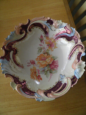 Outstanding Vintage Large Bowl Featuring Roses - Stunning Colors Around Rim