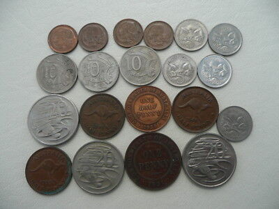 Lot of 20 Old Australian Coins - lots of animals