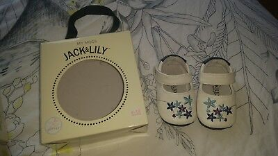 jack and lily baby shoes size 6-12 months
