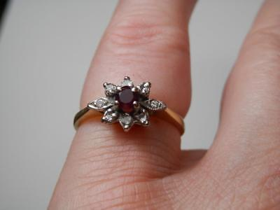 Lovely Victorian 18k Gold Ruby & Diamond Fine Dress Ring US 6 1/4 UK M1/2