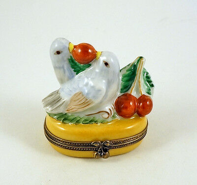 New Handpainted French Limoges Trinket Box Pair Of Amazing Birds Eating Cherries