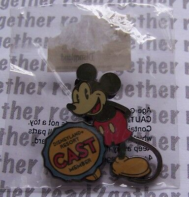 Disney Pin DLR Mickey Mouse Cast Member