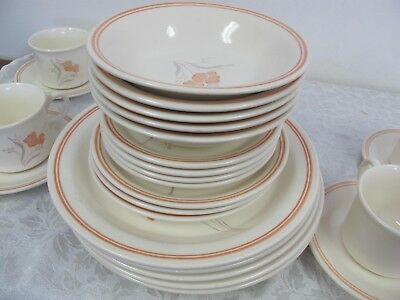 Royal China Majestic Woodbury Dinnerware 31 Pcs Plates Bowls Cups Saucers