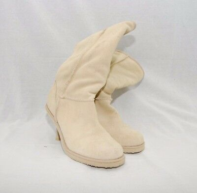 33d46bb1066548 TOMMY HILFIGER WOMENS Chukka Boots Tan Suede Size 7 Slightly Used ...