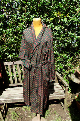 Vintage TOOTAL Bottle Green & Wine Paisley Dressing Gown Robe Smoking Jacket