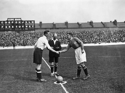 TOT-139 : 8x6 PHOTO - TOTTENHAM 1926 ALBERT ELKES