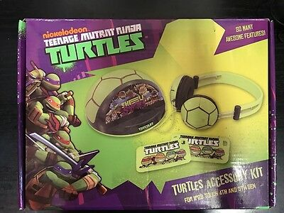 Nickelodeon Teenage Mutant Ninja Turtles Accessories Kit For iPod 4th/5th Gen
