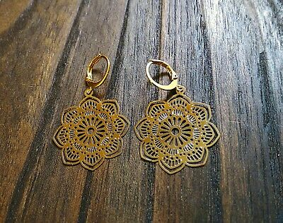 Flower Filigree Design with Gold Stainless Steel Leverback Dangle Earrings