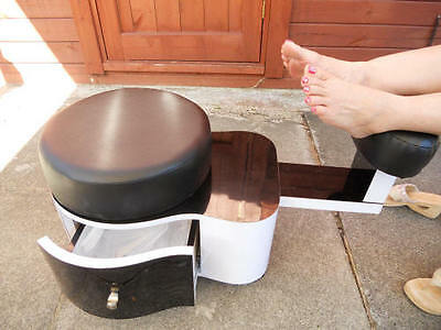 Jk Pedicure Stool (Pedicat ) Station Color  White/black