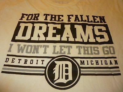 For The Fallen Dreams Shirt ( Used SizeL ) Good Condition!!!