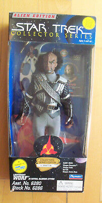 "STAR TREK - Collector Series - Worf in Klingon Attire 9"" Figur Playmates 1995"