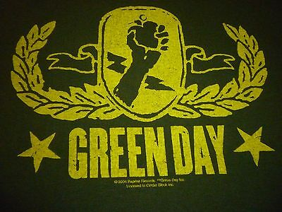 Green Day 2005 Tour Shirt ( Used Size L ) Good Condition!!!