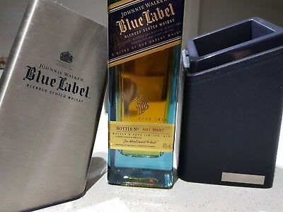 Johnnie Walker Blue Label 700mL Porsche Design Gift Box 40 %