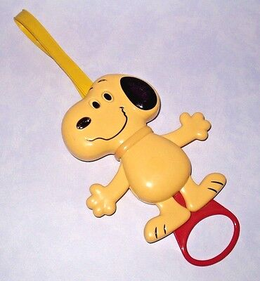 Vintage 1958 Peanuts Snoopy Crib Play Pen Stroller Pull Toy Hong Kong Good Cond