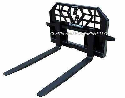 NEW HD 5000# PALLET FORKS & FRAME ATTACHMENT Skid-Steer Track Loader John Deere