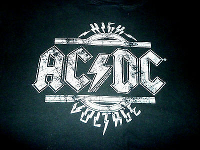 AC/DC Shirt ( Used Size M ) Good Condition!!!
