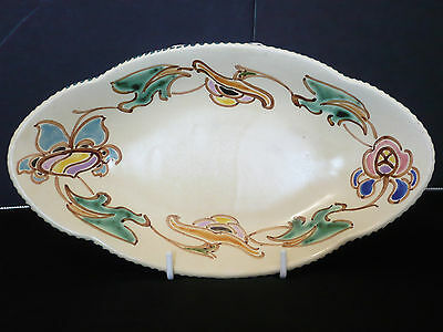 Honiton - Devon - Attractive patterned oval shaped dish.