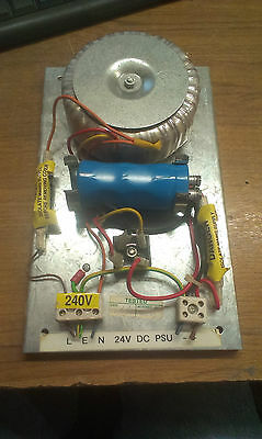 Simple 24V Dc Power Supply Fused With Connectors 240 Vac In