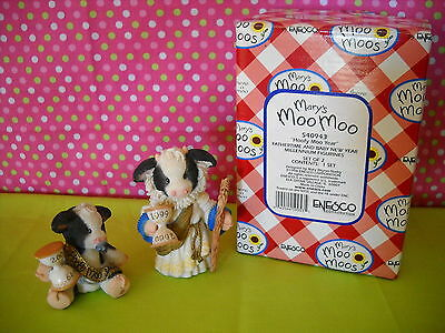 Mary's Moo Moos Hoofy Moo Year Sty#540943 89Mm410 W/box