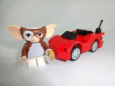 LEGO®  Minifigures Gremlins Gizmo with car