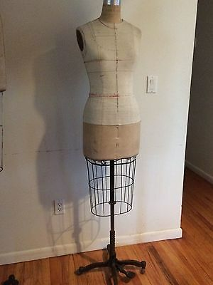 Vintage WOLF DRESS FORM Cage Collapsible MANNEQUINS  # 8
