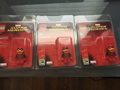 2017 Sdcc Exclusive Lego Marvel Deadpool Duck Mini Figure Very Limited Look
