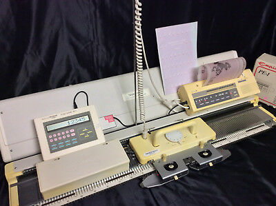 Silver Reed Electronic Knitting Machine Package SK 890 + SR 155 + PE1 + EC1