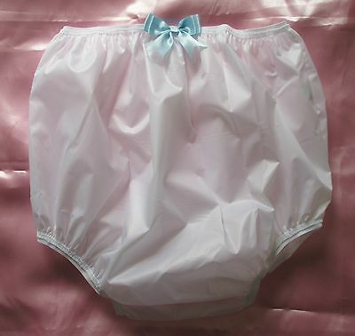 VINTAGE STYLE WATERPROOF KNICKERS 100% NYLON PVC with PRETTY BLUE BOW UK