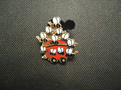 Disney Cast Lanyard Series Honey Bees On A Train Pooh & Friends Pin