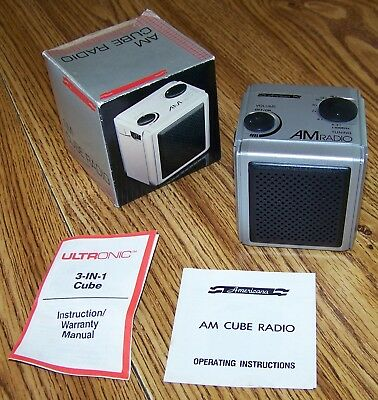 Vintage Ultronic Americana AM Cube Radio in Original Box (for parts or repair)