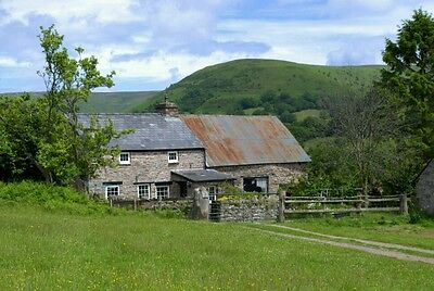 TREDOMEN COTTAGE HOLIDAY Crickhowell Brecon Beacons WALES SLEEPS 6, Pets welcome