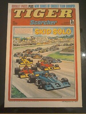 Tiger and Scorcher 4th June 1977 EXCITING ESSEX CENTREFOLD