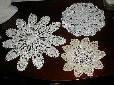 "Vtg Lot 3 Hand Crocheted Round Large 15.5""To 9.25""Ecru & White Doilies Pineapple"
