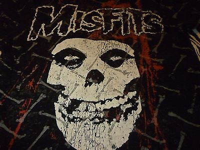 Misfits Shirt ( Used Size L/M ) Very Good Condition!!!
