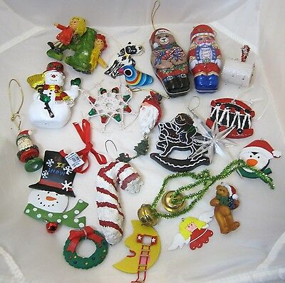 21 Pc Mixed Christmas Ornament Collection Homemade Tin Macrame Much More T42