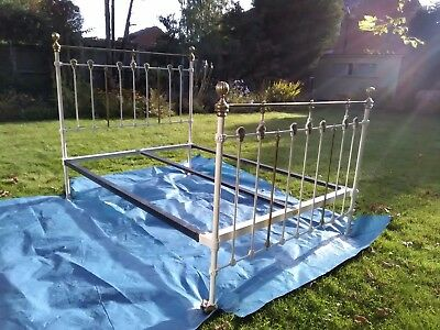 "Antique Cream/Brass Cast Iron Kingsize (5' x 6' 6"") Bedstead and Mattress base"