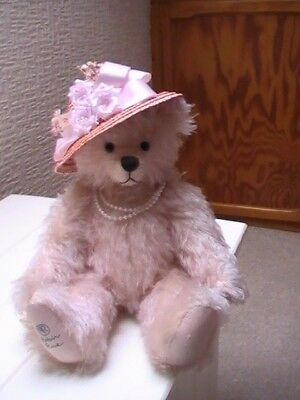 """Collectable mohair bear """"Dame Barbara Cartland"""" by Robin Rive with signed letter"""