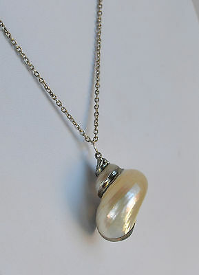 Vintage handmade artisan Mother of Pearl iridescent shell pendant chain necklace