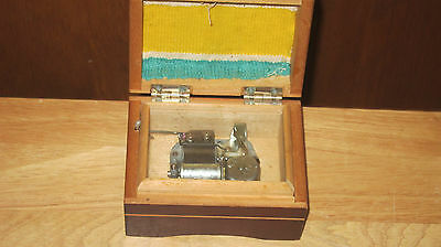 Old Japanese Japan Laurel Music Box In Working Condition Look!!!