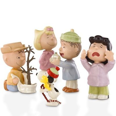 NEW Lenox Peanuts That's What Christmas is All About Charlie Brown Figurine Set